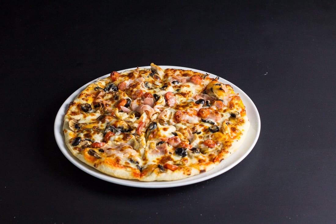 restaurant bon appetit campina pizza bon appetit 3