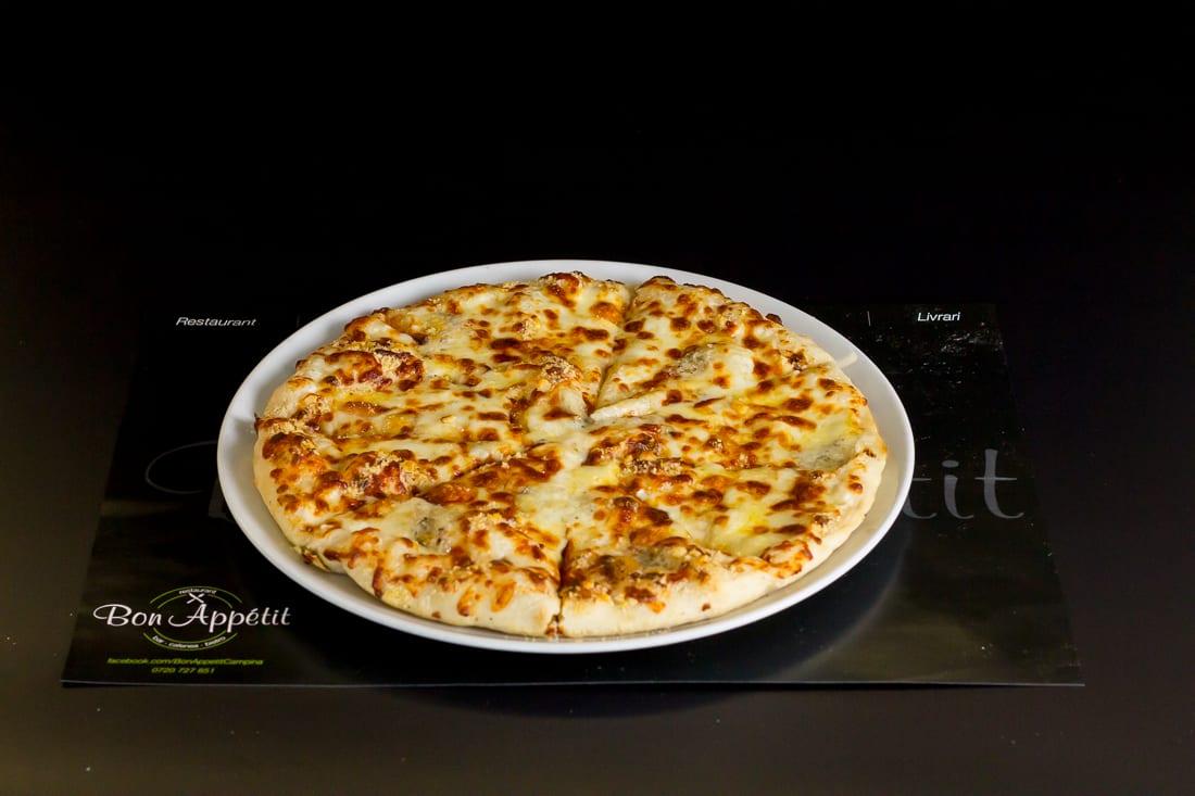 restaurant bon appetit campina pizza quatro formagi 2