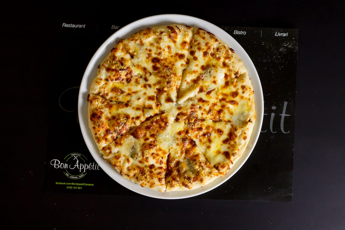 restaurant bon appetit campina pizza quatro formagi 5
