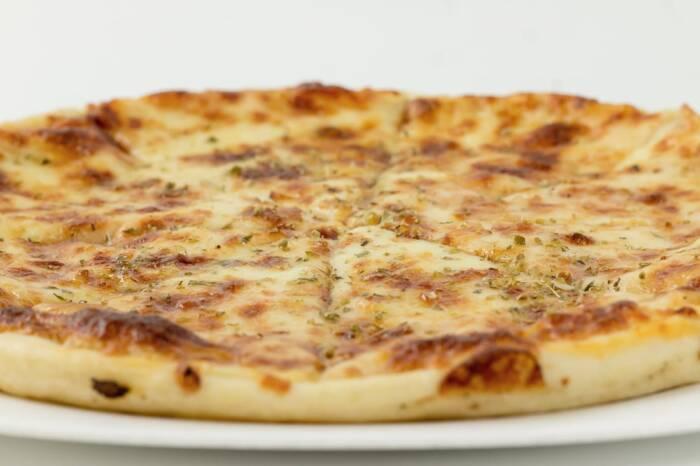 pizza margarita restaurant bon appetit 2