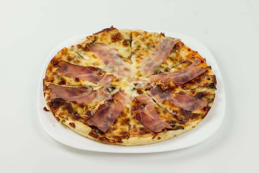 pizza prosciuto e restaurant bon appetit 3