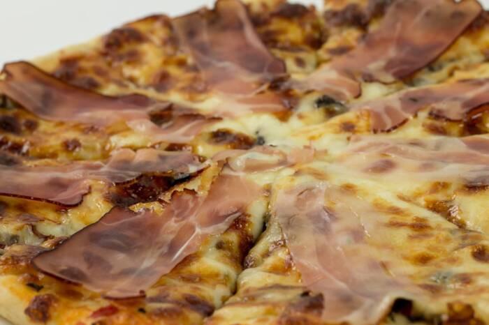 pizza prosciuto e restaurant bon appetit 4
